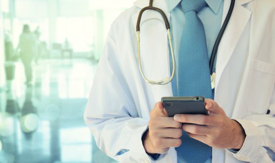 Instant message app guidance 'more confusing than helpful', doctor says