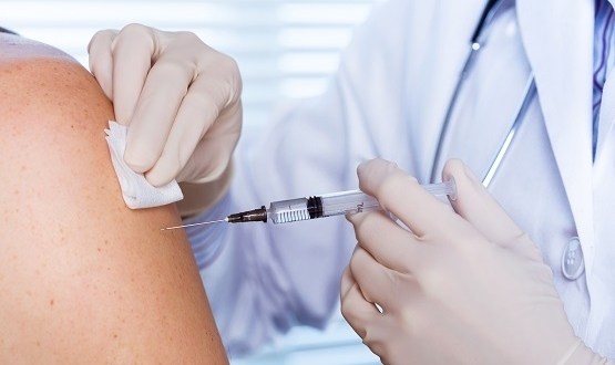 Pharmacies to share flu vaccine data with GPs after successful pilot